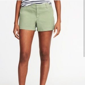 Old Navy Pixie Mid-Rise Green Shorts size 4